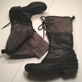 Rigtig varme rulams støvler på hele indersiden