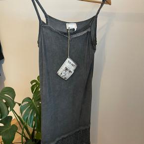 Piro kjole