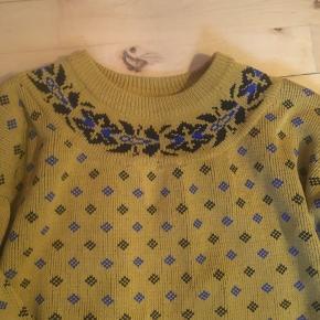 Flot gul retro - vintage sweater str M. Trøjen er i super stand. 100 % akryl.