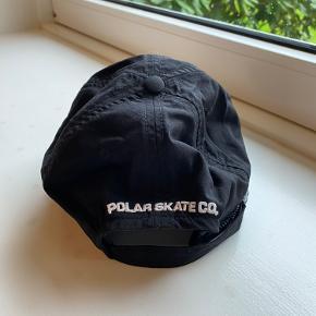 Næsten ny polar cap. Brugt få gange.  Ikke ryger hjem