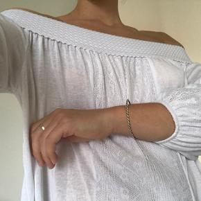 Off shoulder top fra HM