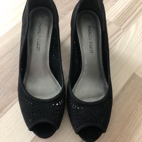 Rigrig fine sko i ruskind brugt to gang.
