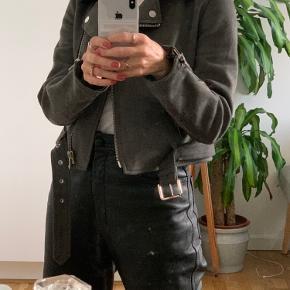 Fin ruskindsjakke fra Zara 🤗