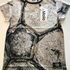 Flot ny T-shirt