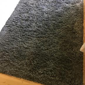 Grå IKEA Gåser tæppe med lang luv 133x195 cm Fin stand  Nypris 800,-