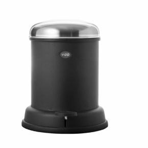 Varetype: Aldrig brugt pedalspand, 8 L, toiletspand, Vipp14 Størrelse: 8L / 14 Farve: Sort Oprindelig købspris: 1799 kr.  Hej og velkommen. Jeg bliver glad, hvis du læser annoncen.  Beskrivelse: Aldrig brugt sort pedalspand str 8 L. Den er stadig i æske. Kvittering haves ikke.  Om spanden:  Vipp14 pedalspanden er en lille skraldespand til badeværelset. Denne pedalspand er udstyret med en udtagelig inderspand, et låg der sikrer lufttæt tillukning og en dæmpemekanisme, der lukker spandens låg i en blød bevægelse. En gummiring i bunden beskytter gulvet. Klik på linket nedenfor for en oversigt over alle tilgængelige størrelser Vipp spande.  Størrelse: 8 liter  Materiale: Pulverlakeret, stål Mærke: Vipp Nypris: 1.799 Vægt: gram.   Porto: Sendt med GLS: 53 kr. (2019 pris).  Mine annoncer er delt op i kategorier, dvs. alle jeans/jakker etc. er samlet ét sted på profilen, så du let kan scrolle.   Andet: Mine annoncer er til salg indtil de er solgt og jeg lukker dem. Prisen er fast.   Jeg glæder mig til at handle med dig!  Venligst   Sophie