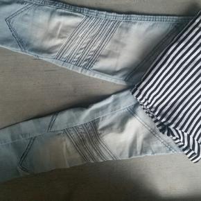 Queenz bukser og VRS bluse