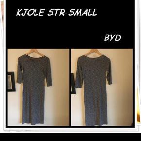 Kjole str small byd