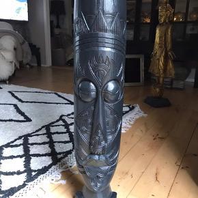 Fed ukendt maske / træfigur 1 m
