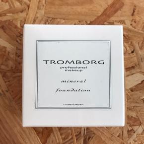 Tromborg Mineral Foundation - Ivory   Aldrig åbnet eller brugt