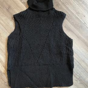 Y.A.S vest