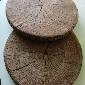 Topfede hynder der ligner træskiver. Giver et lækkert rustik look. Pris er pr stk