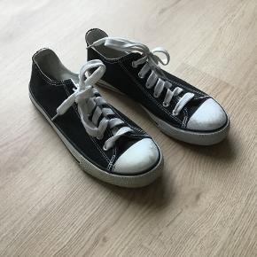 Firefly sneakers