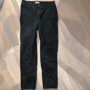 Sorte mom jeans