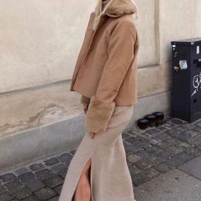 Smuk Camel jakke ❤️