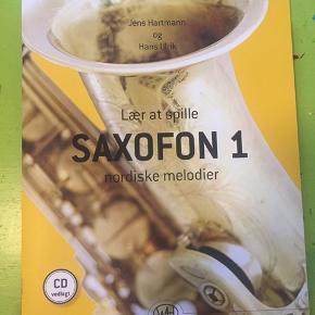 """""""Lær at spille saxofon"""" af Jens Hartmann og Hans Ulrik. En god og letforståelig bog til opstartende saxofon-indlæring. Kan klart anbefales til nybegyndere og let øvede🎷💛💫"""