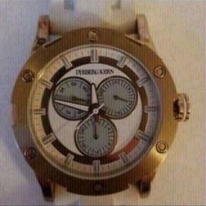 Sælger mit flotte DYRBERG KERN ur. Brugt få gange 100% ægte.  Virker uden problemer og er kommet nyt batteri i.