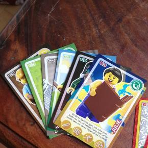 Legokort... Fra sidste år... Men hvis nogen mangler de her, kan de hentes på Sælhundevej eller Rosenvængets Allé..
