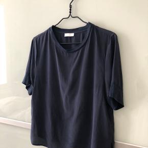 Mørkeblå 100% silke