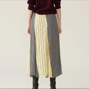 Ganni nederdel Størrelse 40 (38 kan ogs passe) Brugt få gange