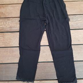 Super Nice bukser med blondedetaljer 🤩