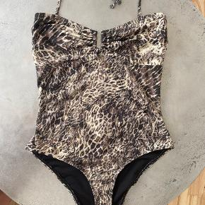 Gestuz badetøj & beachwear