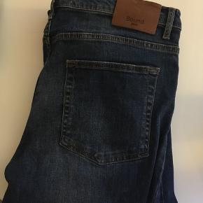 32-34  Køb to eller flere stykker tøj - få 50 % på billigste valg