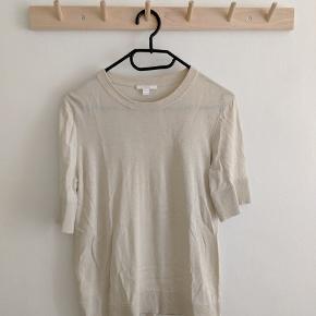 Super lækker t-shirt. 55% silke, 45% bomuld