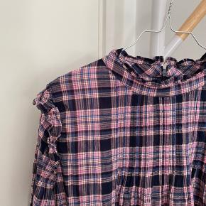 Fineste sag af en kjole fra Envii   Str.: M  Stand: som ny   Nypris: 550,-