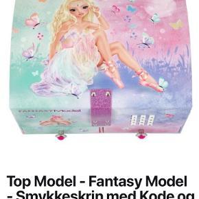Flot Top Model smykkeskrin med kode og musik:)  Aldrig brugt ☺️