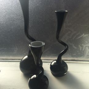 Rigtig fine Normann Copenhagen Swing vaser. Pæn stand :-)