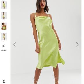 Silke kjole fra ASOS i limegrøn
