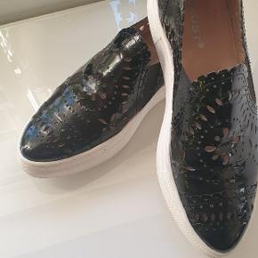 Amust sko & støvler