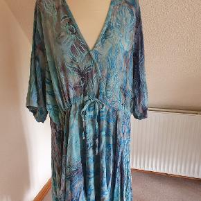Angel Circle kjole