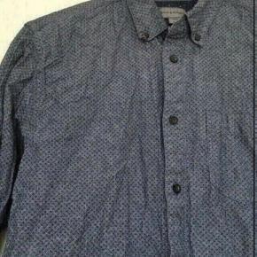 Bruun & stengade skjorte m  -fast pris -køb 4 annoncer og den billigste er gratis - kan afhentes på Mimersgade 111 - sender gerne hvis du betaler Porto - mødes ikke andre steder - bytter ikke
