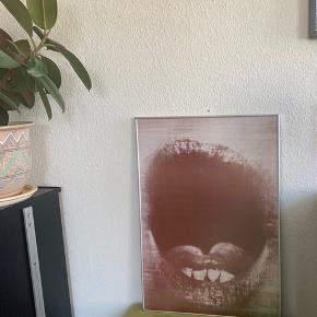 Plakat fra Kvindemuseet i Århus. Sælges helst i rammen. Mål kommer