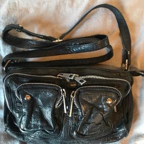 Sælger min dejlige Nunoo taske i modellen Stine Byd!