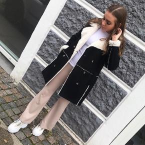 Se alt på Instagram eller facebook:  Astridfrank.dk Fås i flere størrelser Husk også og se alt andet vi sælger 🔥🔥