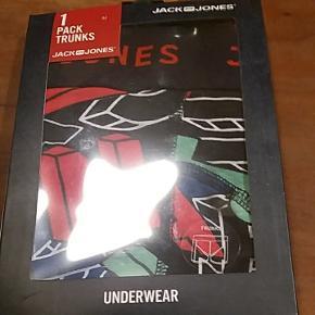 Jack & Jones : Helt nye trunks- underwear - boksershorts. Str. Medium.