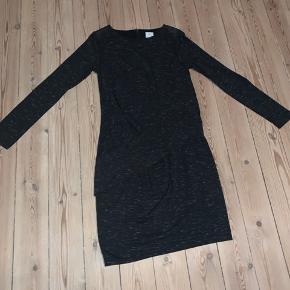 Culture kjole med fine detaljer Str M