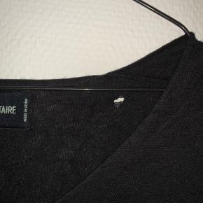 Silke og cashmere tynd sweater fra zadig voltaire - lidt slidt og har et lille hul i nakken, kan dog ikke ses med håret nede