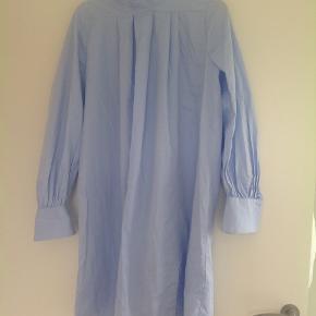Smukkeste skjorte som også kan bruges som kort kjole