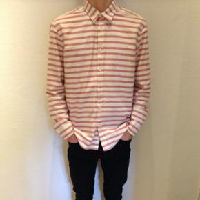 Stribet skjorte fra H&M Strørrelse: large