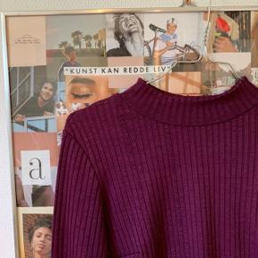 Sælger denne fine bluse, i en str.m og i fin stand💛