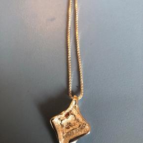 Smukt sølvhalskæde 2*23 cm smykket/vedhænget er 3 cm langt