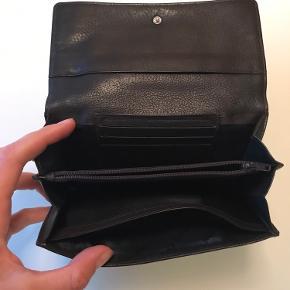 Mørke brun pung fra Marc O'Polo