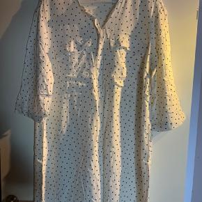 Skjorte-kjole