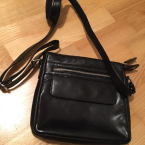 Fest taske fe køb, salg og brugt lige her   Se mere her side