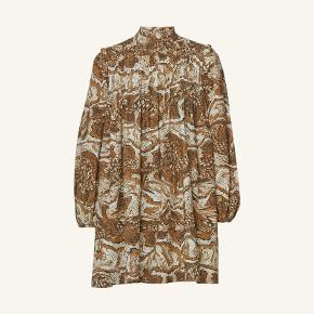 GANNI - Printed Cotton Poplin Dress (tigers eye).  100% bomuld, true to size (38), fremstår som ny.