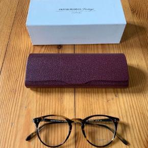 Oliver Peoples briller  Model: O'Malley OV5183 1003  Farve: Cocobolo  De er helt nye, med demoglas og vintage etui.  Nypris: 2600